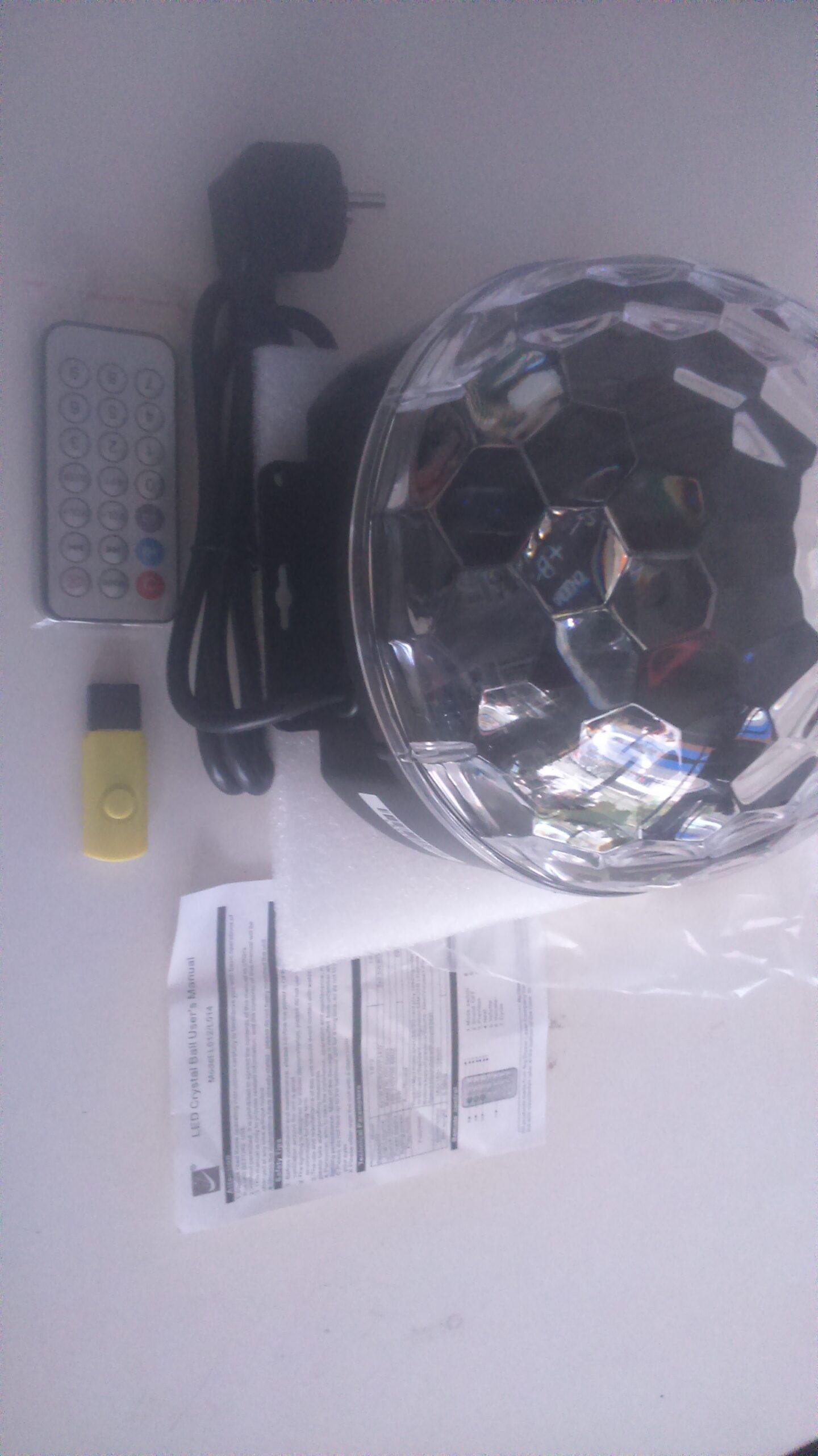 Đèn Cầu Led 7 Màu - Có Âm Nhạc - 2 Trong 1 - Gắn USB Hoặc Thẻ Nhớ